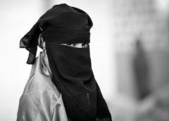 Yang Tersembunyi di Balik Hijab: Mitologi, Teologi dan Ideologi dari Jilbab (Bag-2)