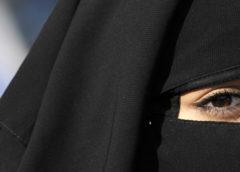 Yang Tersembunyi di Balik Hijab: Mitologi, Teologi dan Ideologi dari Jilbab (Bag-1)