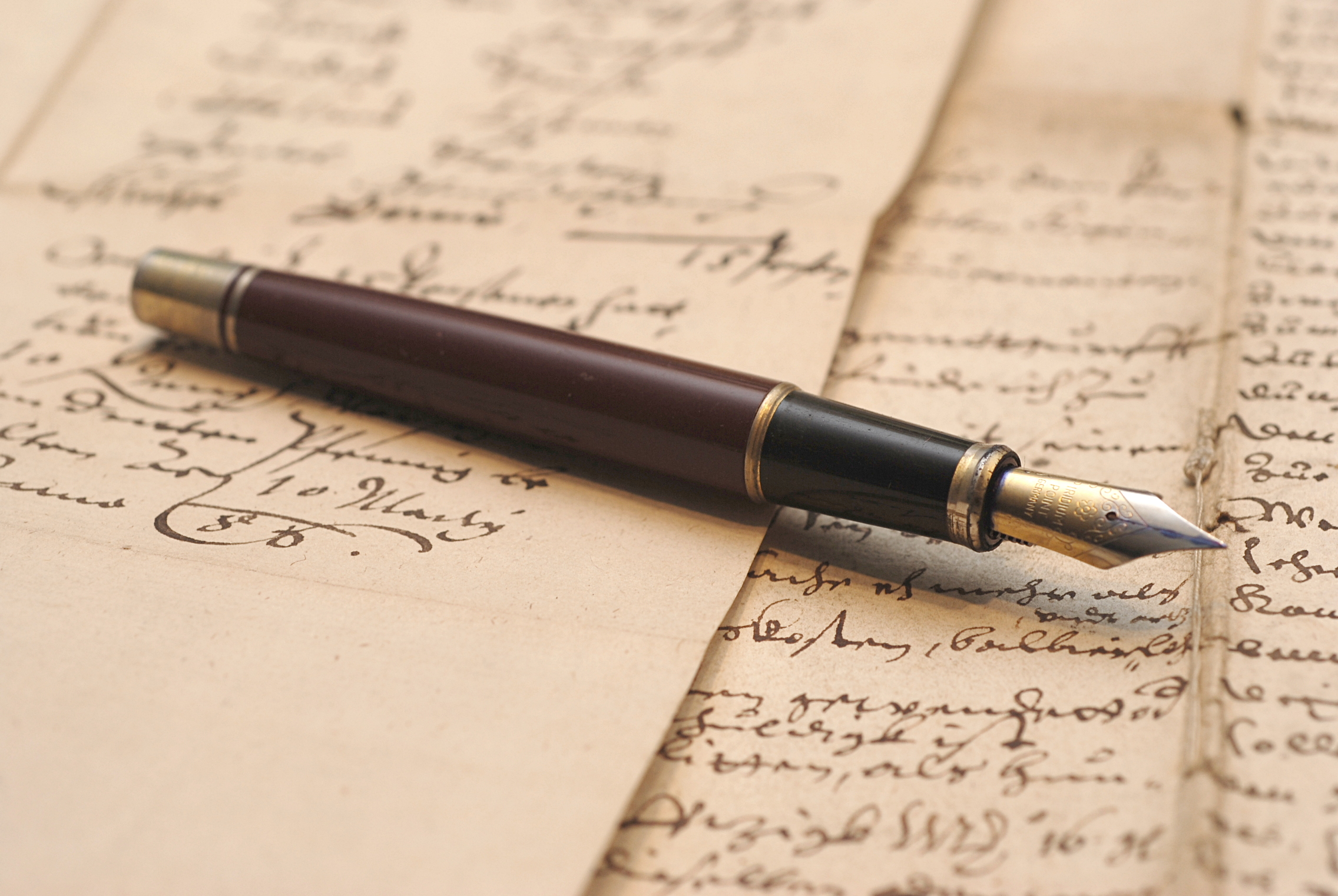 Di Balik Jemari Penulis