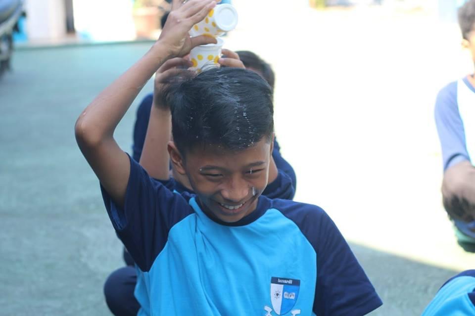 Peliknya Menjadi Anak (Tetesan Rasa Kemanusiaan di Hari Anak Indonesia)